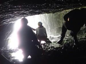 20150614_153759_Castelnau de Mesmes_La grotte