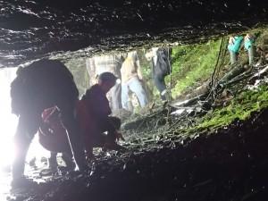 20150614_153830_Castelnau de Mesmes_La grotte